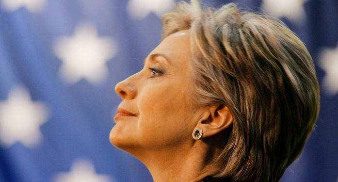 Хиллари Клинтон стремится поддержать евро