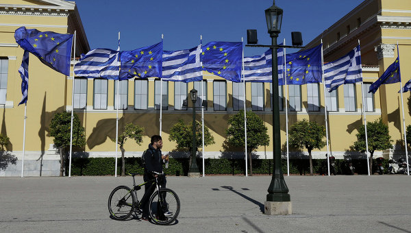 Греки после выборов должны выплатить 24,7 млрд евро налогов