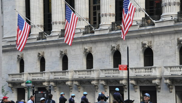 Американские биржи отрицательно реагируют на решение ЕЦБ о сохранении ставки